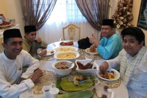 Adab of Visiting & Having Guests